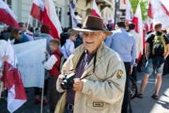 35-Polacy-przemarsz-fot-Marian-Dzwinel