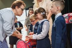 0024-wyprawki-dzieci-plecaki-fot-Marian-Paluszkiewicz