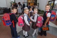 0044-wyprawki-dzieci-plecaki-fot-Marian-Paluszkiewicz
