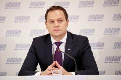005-tomaszewski-konferencja-wybory-fot.M.PAszkowska