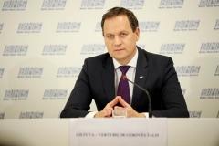 009-tomaszewski-konferencja-wybory-fot.M.PAszkowska