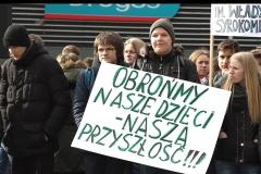 27-pikieta-oswiata-samorzad-fot.Marian-Paluszkiewicz