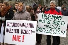 0069-Wiec-ambasada-oswiata-fot.Paluszkiewicz-